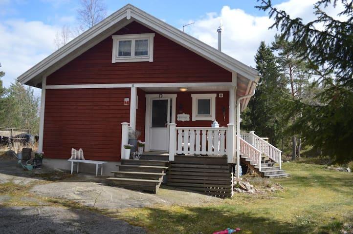 Charmigt hus på Vindö