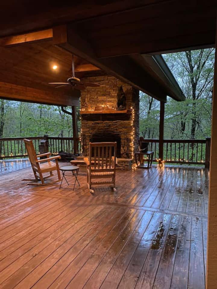 Best deck in the Blue Ridge & Country Club Access!