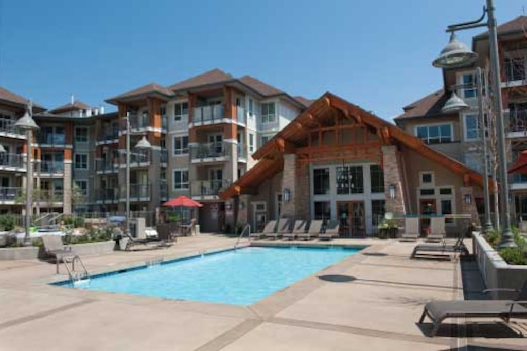 1 Bedroom Luxury Vacation Condo Apartments For Rent In Kelowna British Columbia Canada