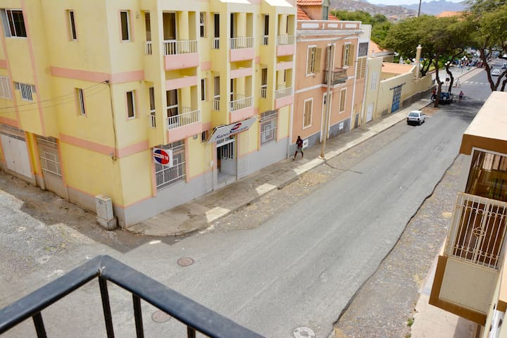 Hollyday Houses (Balcony view apt.) - Mindelo - Apartment