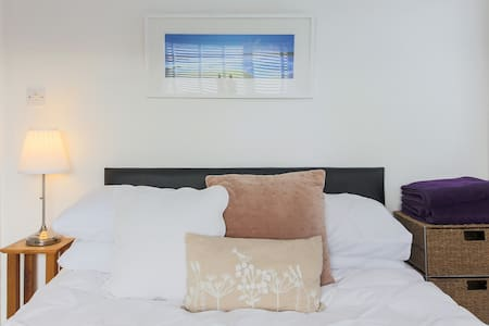 Saint Ives Cornwall. Lovely Double Room. - Cornwall - Casa