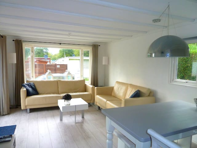 Luxury chalet K29 in Makkum - Makkum - Bungalow
