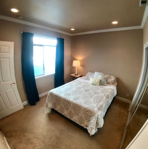 ★ Upscale Golden Gate Getaway ★ Private room | A