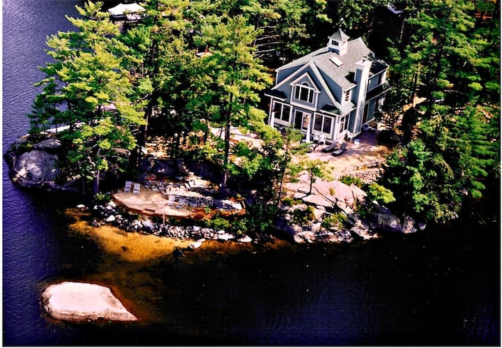 Waterfront Home, Lake Winnipesaukee, 4 bedroom
