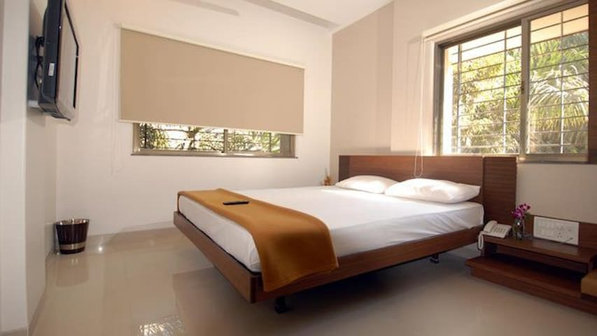 Prestige Tech park- Luxurious Room & Balcony