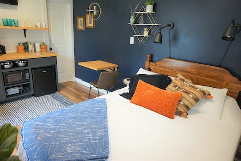 Driftwood Guest Suite- Access to Beach, Bay,  Park