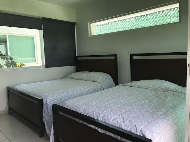 3er Habitación con 2 camas matrimoniales
