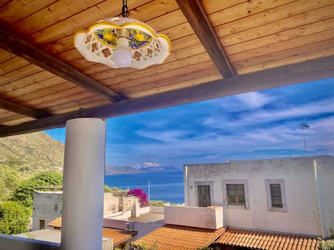 "Rinella, ""Villa Alfinito"" 300 m vom Meer entfernt.N7"