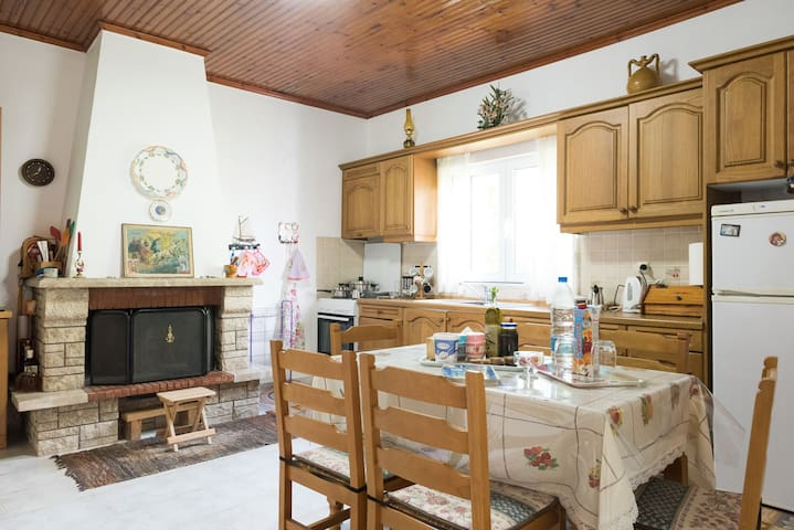Spacious house for a great Greek summer holiday