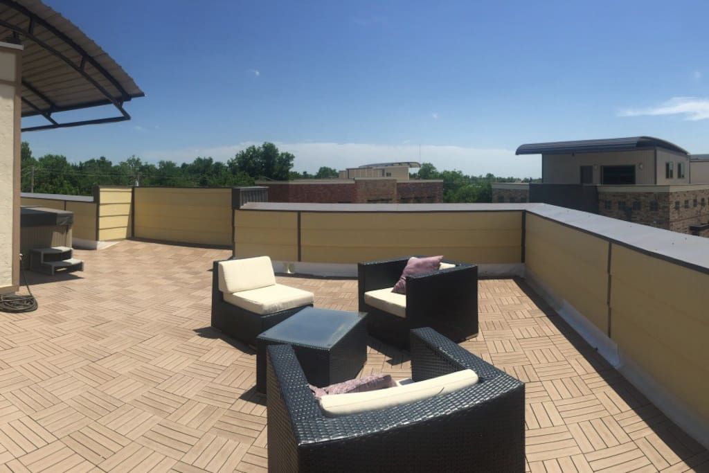 The rooftop with current furniture