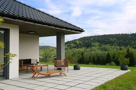 Kawówka, Beskid Wyspowy (dom z dala od turystów)