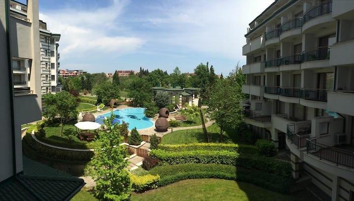 Апартаменты в EMERALD Beach Resort & SPA