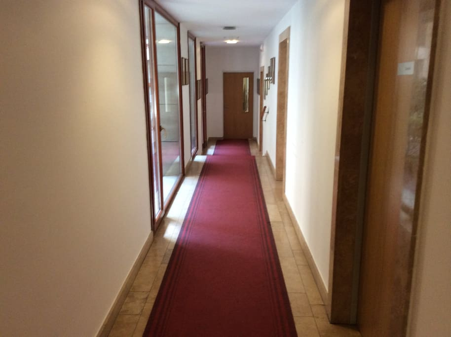 Well maintained, clean and modern communal areas.