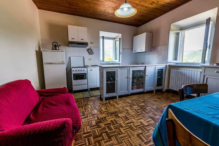 Appartamento con 2 camere doppie a Castelnuovo - Castelnuovo di Garfagnana - Departamento