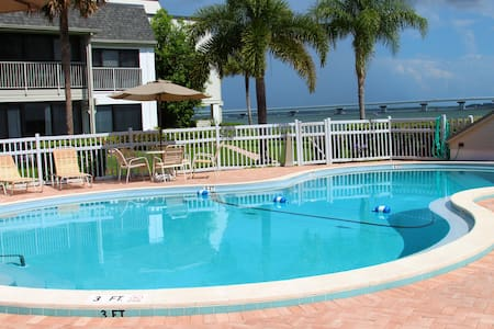 SANIBEL ISLAND CONDO, MARINER POINTE - Sanibel