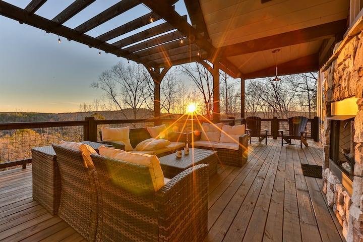 Trapper View Lodge | Elljay, GA