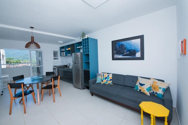 Aconchegante apartamento a 300m da praia
