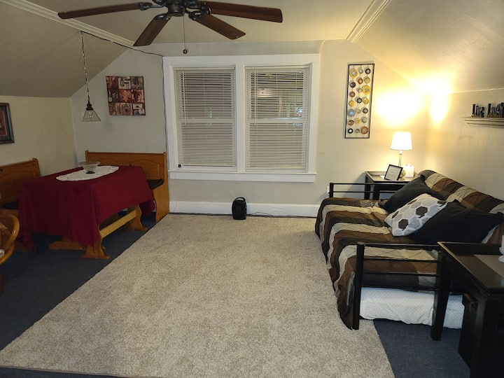 Small & Cozy 1bdrm in West Green Bay!
