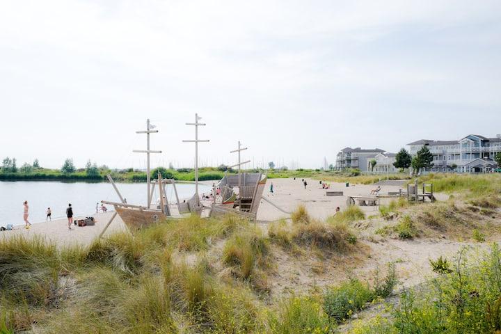 4 pers. app.  op loopafstand van het strand WB4