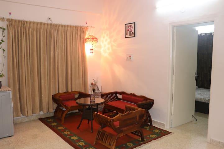 1BHK Serviced Apartment in Indiranagar Bangalore