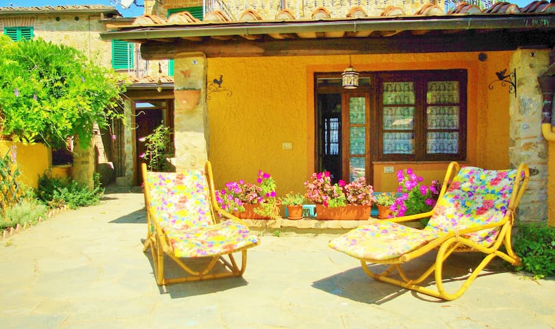 Bright appartment on the hills of Siena - Poggio Lodoli