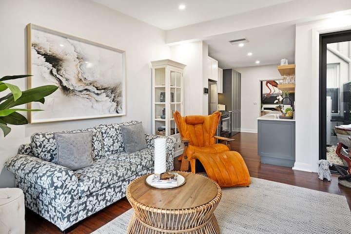 Brunswick Mews - Newcastle - Sophisticated Luxury