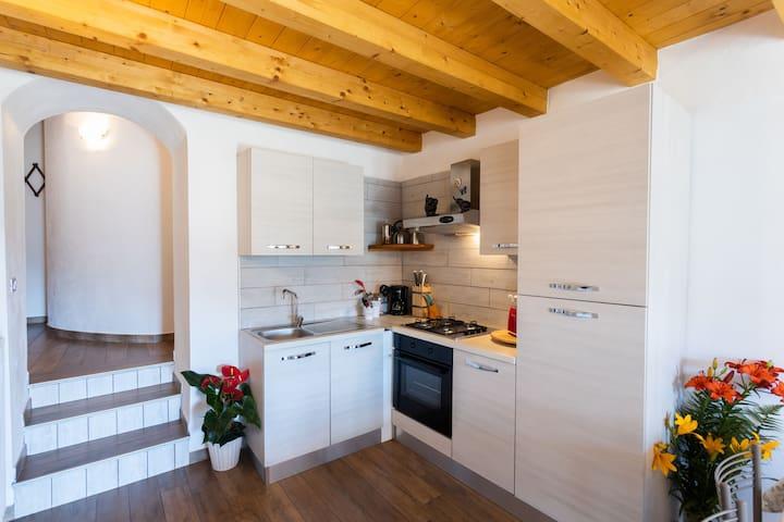 Rustic Style in Beautiful Landscape - Apartment Artù