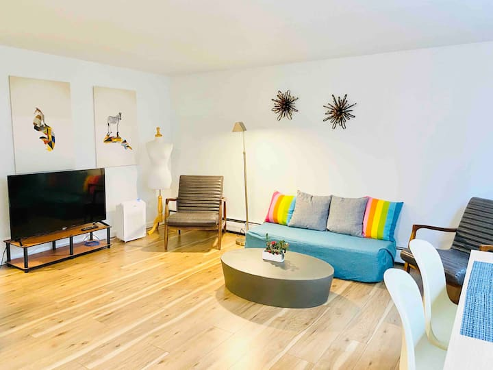 One Bedroom Unit in the heart of Capitol Hill #2