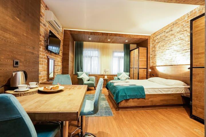 Cozy Loft Flat With Jacuzzi Wifi