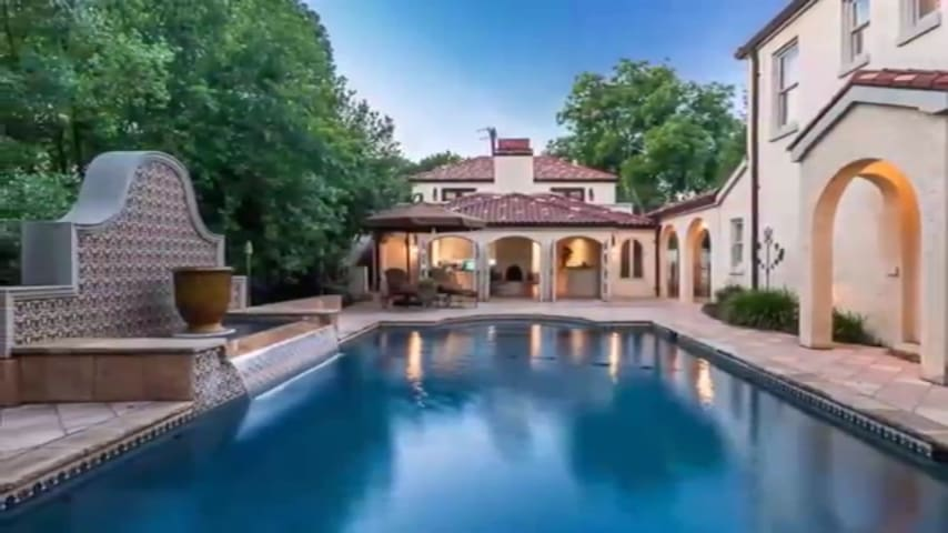 Fort Worth Carriage House & Cabana with Pool