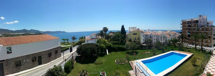 Nice apartment, big pool garden and see view n21