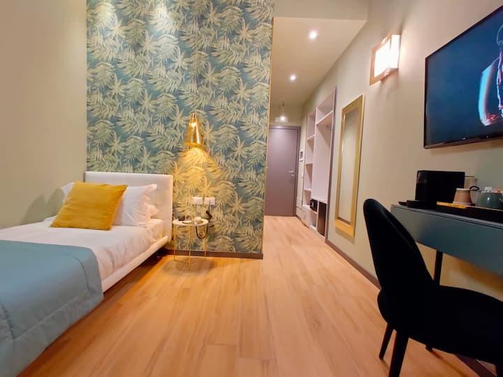 ✧Duomo Luxury Single Room✧ in Aparthotel design