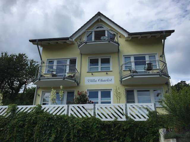 Villa Charlot-Wohnung Rügen mit Balkon /Seeblick - Göhren - Kondominium