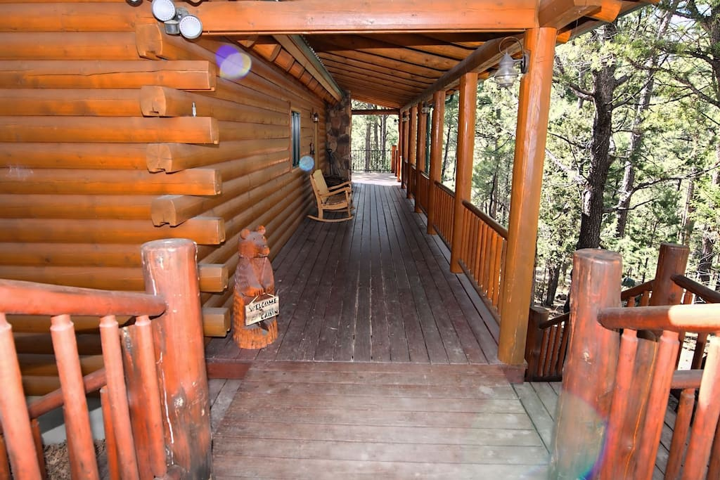 The Grizz - Cozy Cabins Real Estate, LLC