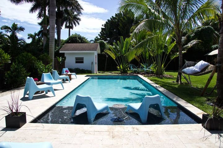 Charming Guesthouse and Tropical Garden Oasis - Miami - Bed & Breakfast