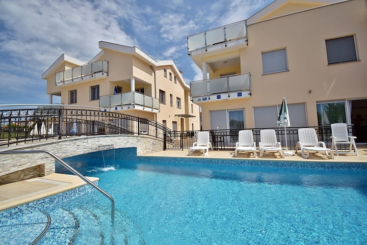 801.1 Apartments Funtana - Two Bedroom Apartment with Pool and Balcony