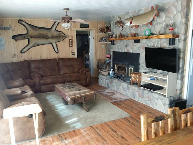 Lakefront cottage plus  guest house - Allegan - Srub