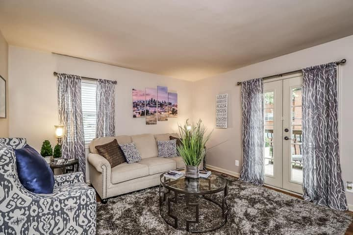 M-2W Beautifully Updated-Plaza Condo.  King Bed!  Private balcony and off street parking.