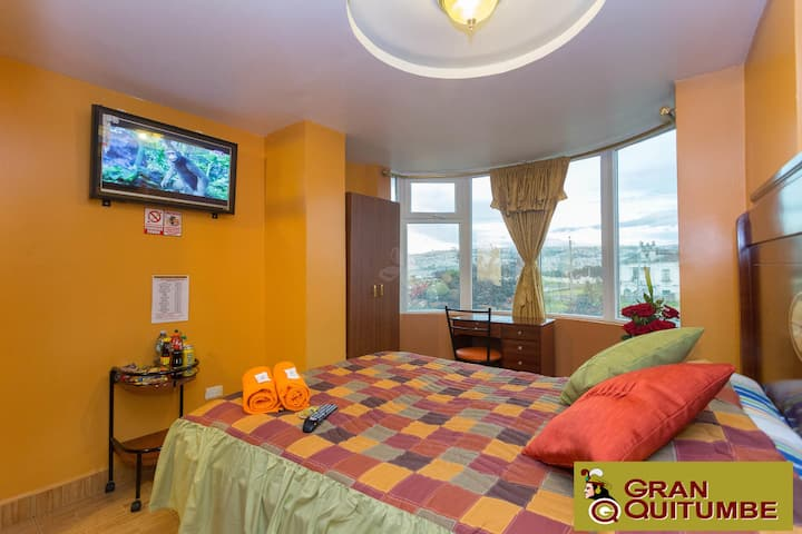 Comfortable and clean room in Quitumbe Bus Station