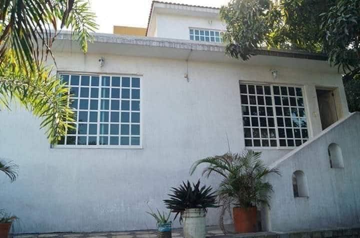 Habitaciones con todos los servicios en Manzanillo