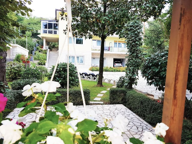 Charming Apartment Anita A with garden and terrace