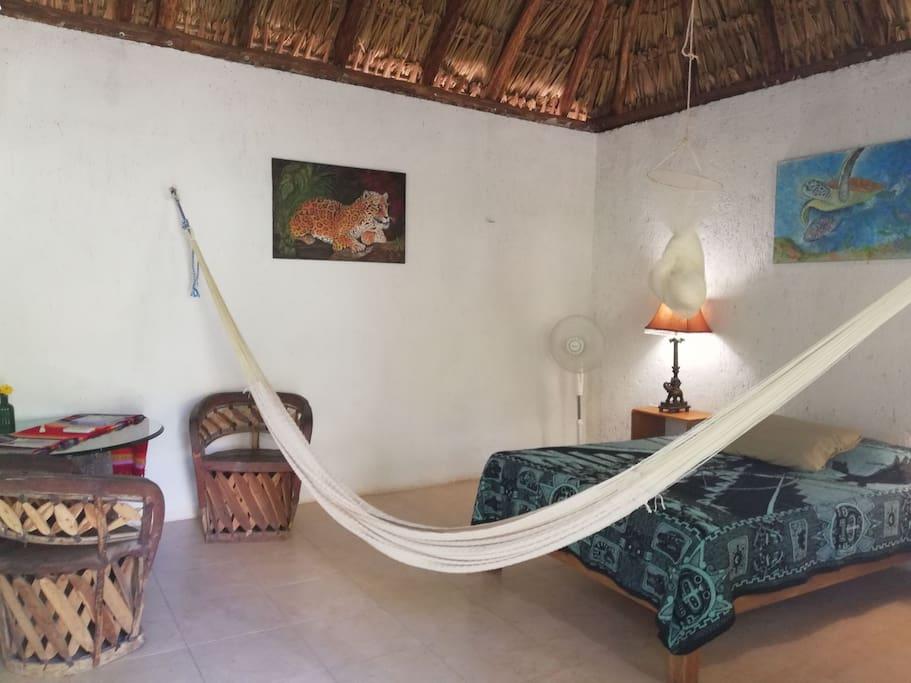 habitacion con aire acondicionado, muy fresca y comoda para descansar.