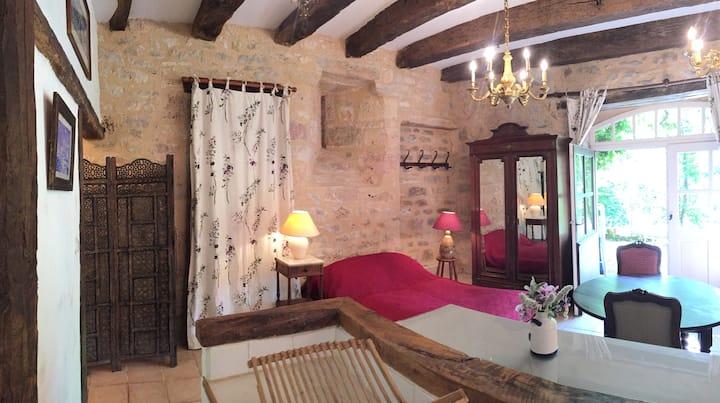 Castle of Busqueilles - The Couple