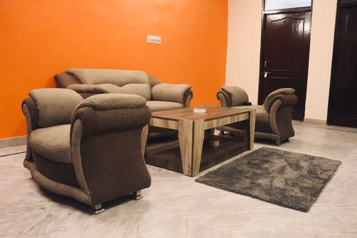 The Maple's  A 3BHK Apartment to chill & Rest