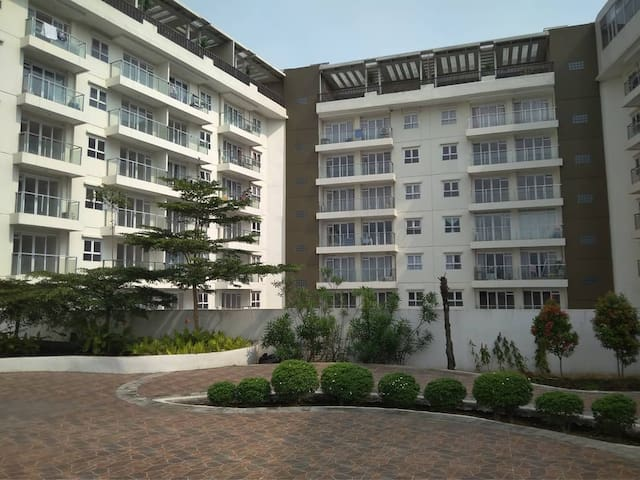 Gateway pasteur Apartment access Airport toll way