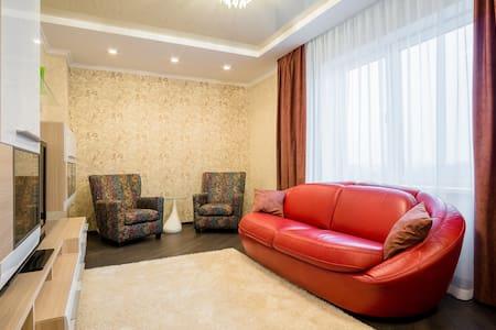Уютная 2комн квартира, м. Восток - Minsk - Lakás