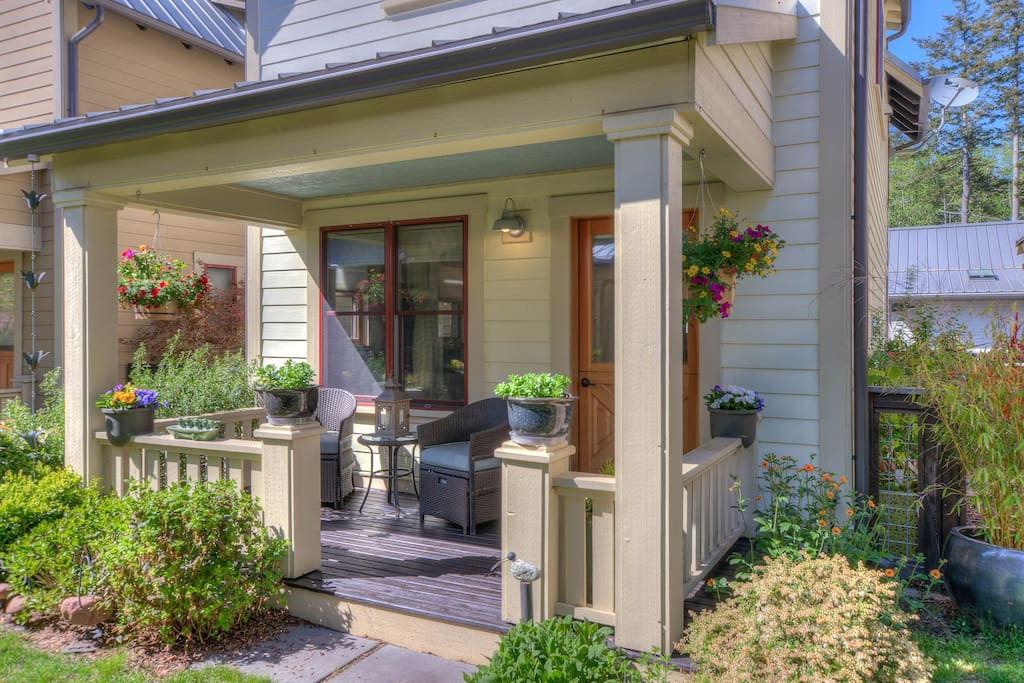 Craftsman comfort and style.