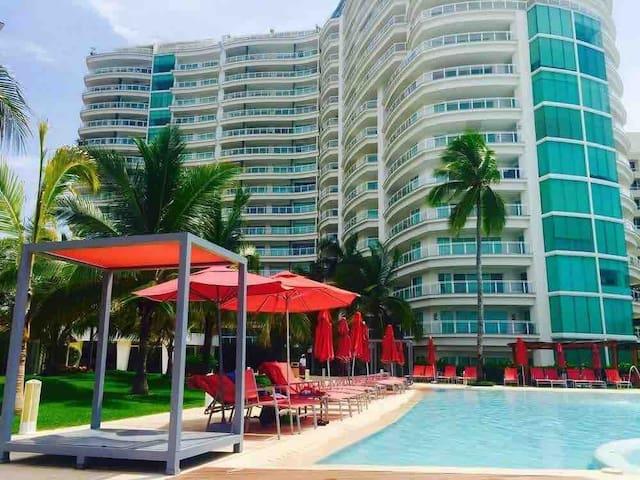 Bay View Grand Marina Ixtapa Dpto para 4 personas!