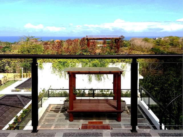 Ungasan Luxury Villa with Pool & Rooftop Dining