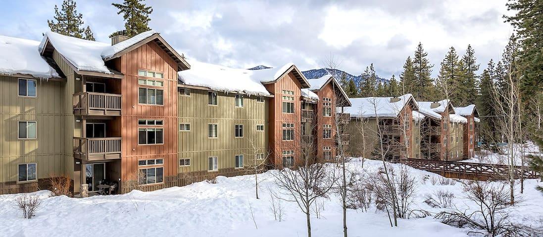 South Lake Tahoe Resort - 3 Beds